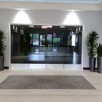 Office Building Lobby Plants for Premium Suites